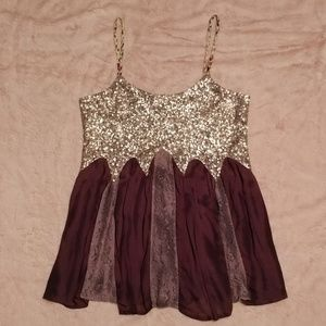 Gimmicks by BKE Sequin & Lace Top
